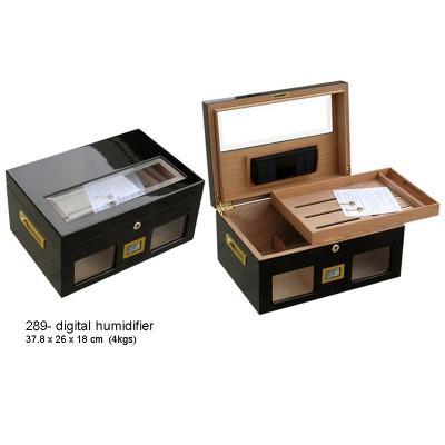 289-D Black glossy finish Cigar humidor