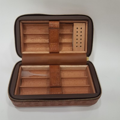 4051 Leather Travel Cigar case Coh.