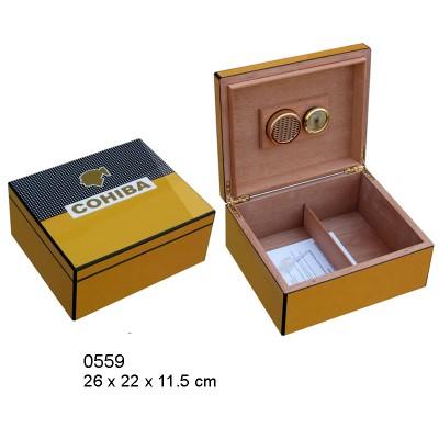 Cigar humidor with Cohiba logo 25ct